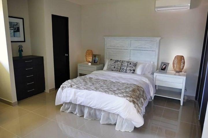 PANAMA VIP10, S.A. Apartamento en Venta en Coronado en Chame Código: 15-54 No.5