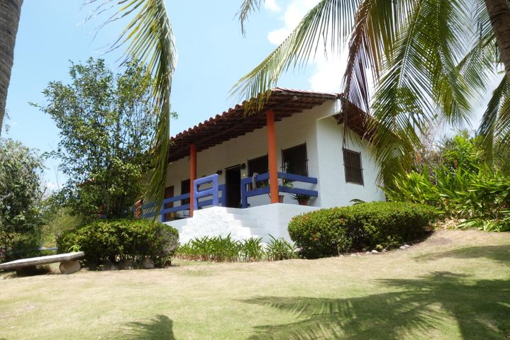 PANAMA VIP10, S.A. Casa en Venta en Coronado en Chame Código: 16-563 No.3