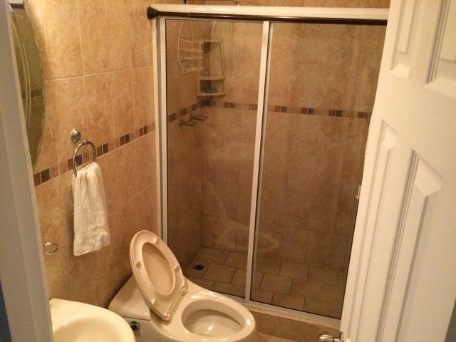PANAMA VIP10, S.A. Apartamento en Venta en San Francisco en Panama Código: 16-831 No.6