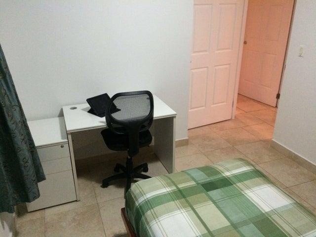 PANAMA VIP10, S.A. Apartamento en Venta en San Francisco en Panama Código: 16-831 No.8
