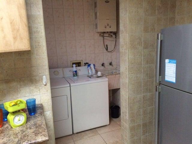 PANAMA VIP10, S.A. Apartamento en Venta en San Francisco en Panama Código: 16-831 No.5