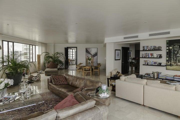 PANAMA VIP10, S.A. Apartamento en Venta en Coco del Mar en Panama Código: 16-847 No.1