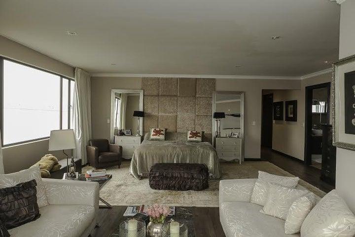 PANAMA VIP10, S.A. Apartamento en Venta en Coco del Mar en Panama Código: 16-847 No.9