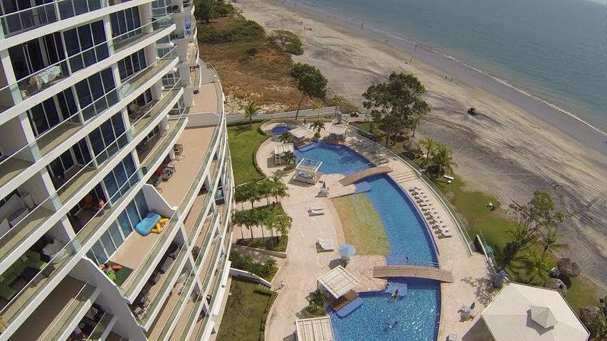 PANAMA VIP10, S.A. Apartamento en Venta en Playa Blanca en Rio Hato Código: 16-910 No.3