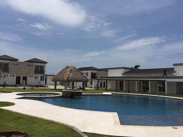 PANAMA VIP10, S.A. Casa en Venta en Coronado en Chame Código: 16-917 No.4
