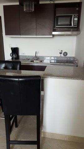 PANAMA VIP10, S.A. Apartamento en Venta en Coronado en Chame Código: 16-1524 No.1