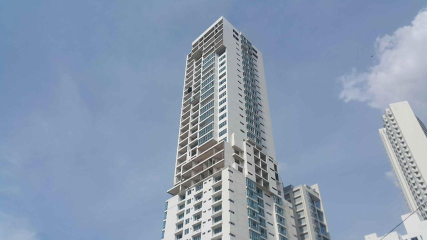 PANAMA VIP10, S.A. Apartamento en Venta en Bellavista en Panama Código: 15-472 No.1