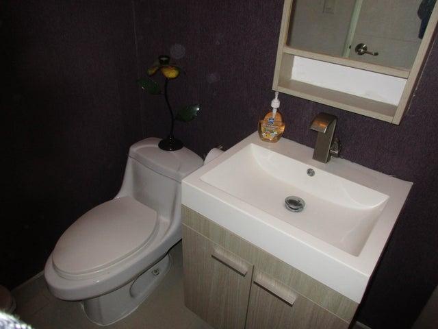 PANAMA VIP10, S.A. Apartamento en Venta en Costa del Este en Panama Código: 16-1492 No.9