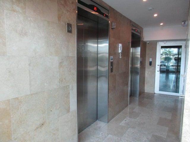 PANAMA VIP10, S.A. Apartamento en Venta en Costa del Este en Panama Código: 16-1492 No.4