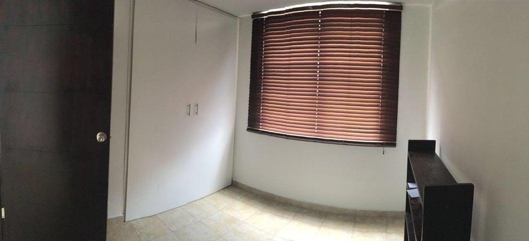 PANAMA VIP10, S.A. Apartamento en Venta en 12 de Octubre en Panama Código: 16-788 No.9
