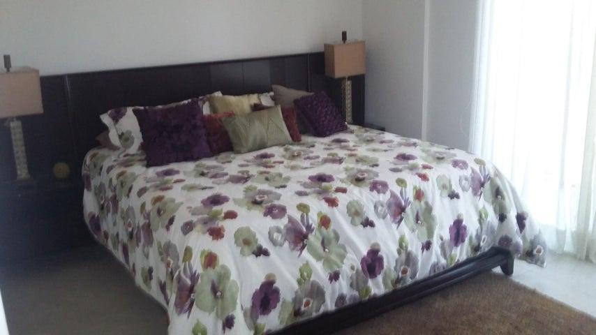PANAMA VIP10, S.A. Apartamento en Venta en Albrook en Panama Código: 15-1203 No.7