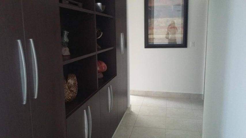 PANAMA VIP10, S.A. Apartamento en Venta en Albrook en Panama Código: 14-1076 No.5
