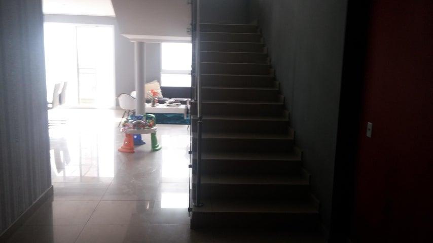 PANAMA VIP10, S.A. Apartamento en Venta en Obarrio en Panama Código: 16-2372 No.3