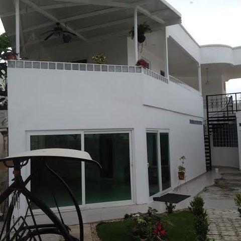 PANAMA VIP10, S.A. Casa en Venta en Brisas Del Golf en Panama Código: 16-2384 No.2