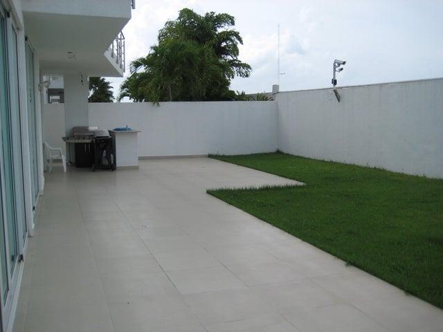 PANAMA VIP10, S.A. Casa en Venta en Costa Sur en Panama Código: 16-2566 No.4