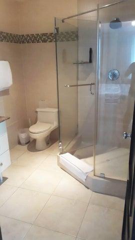 PANAMA VIP10, S.A. Apartamento en Venta en Costa del Este en Panama Código: 16-2871 No.5
