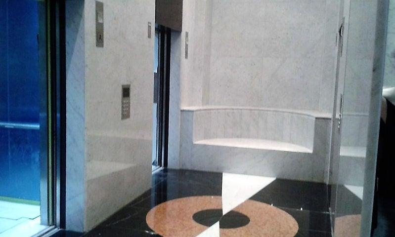 PANAMA VIP10, S.A. Oficina en Venta en Obarrio en Panama Código: 16-3008 No.9