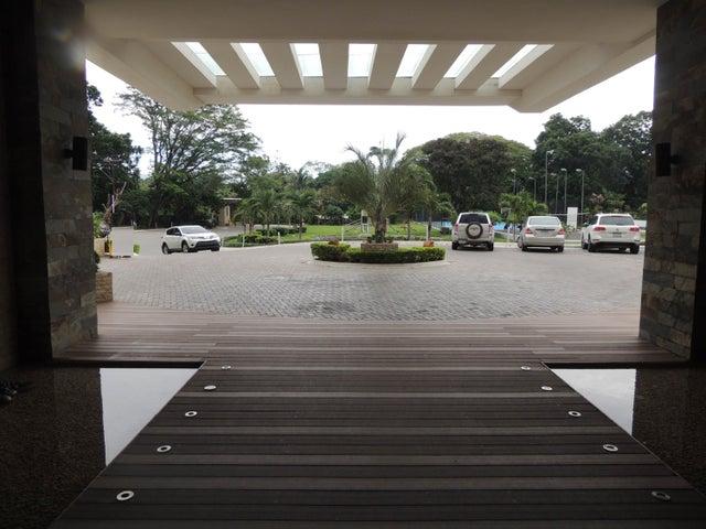 PANAMA VIP10, S.A. Apartamento en Venta en Gorgona en Chame Código: 16-3070 No.1