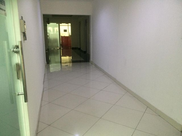 PANAMA VIP10, S.A. Oficina en Venta en Obarrio en Panama Código: 16-3321 No.3