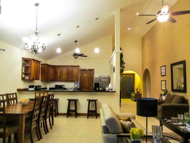 PANAMA VIP10, S.A. Casa en Venta en Coronado en Chame Código: 16-3450 No.2