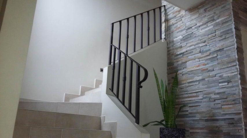 PANAMA VIP10, S.A. Casa en Venta en Versalles en Panama Código: 16-3543 No.5