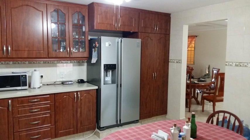 PANAMA VIP10, S.A. Casa en Venta en Brisas Del Golf en San Miguelito Código: 16-3013 No.4