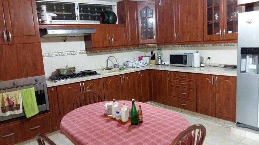 PANAMA VIP10, S.A. Casa en Venta en Brisas Del Golf en San Miguelito Código: 16-3013 No.5