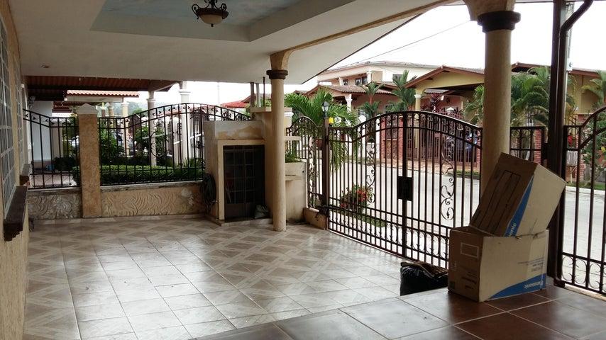 PANAMA VIP10, S.A. Casa en Venta en Brisas Del Golf en San Miguelito Código: 16-3013 No.2