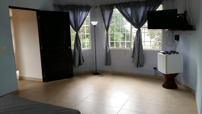PANAMA VIP10, S.A. Casa en Venta en Brisas Del Golf en San Miguelito Código: 16-3013 No.7