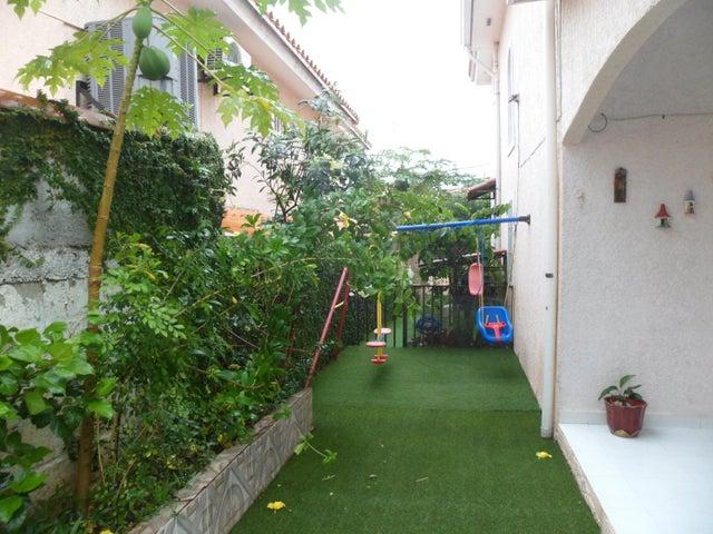 PANAMA VIP10, S.A. Casa en Venta en Altos de Panama en Panama Código: 16-3715 No.5
