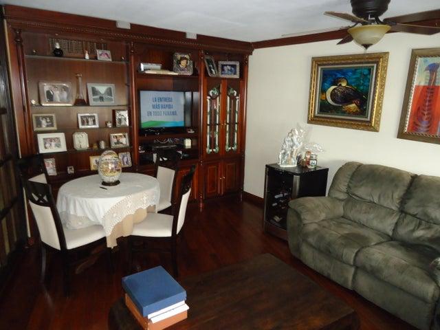 PANAMA VIP10, S.A. Apartamento en Venta en Bellavista en Panama Código: 16-3995 No.9