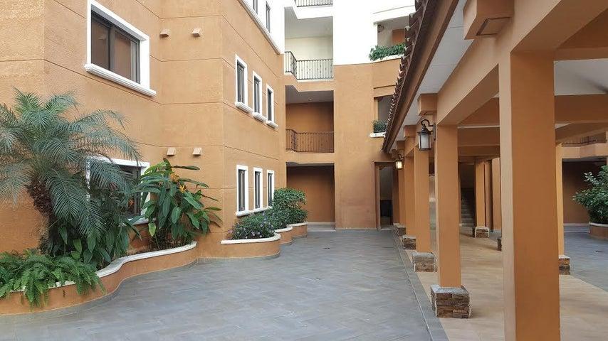Apartamento / Venta / Panama / Clayton / FLEXMLS-16-4161