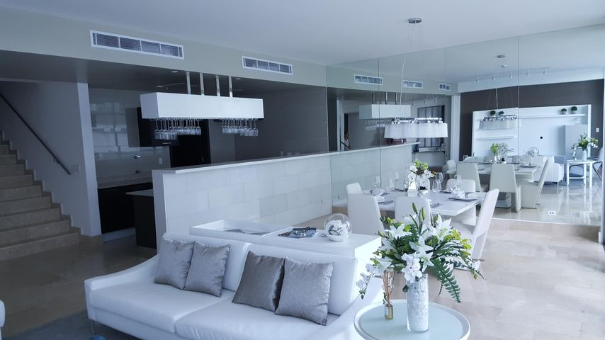 PANAMA VIP10, S.A. Apartamento en Venta en Punta Pacifica en Panama Código: 16-4175 No.2