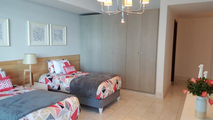 PANAMA VIP10, S.A. Apartamento en Venta en Punta Pacifica en Panama Código: 16-4177 No.7
