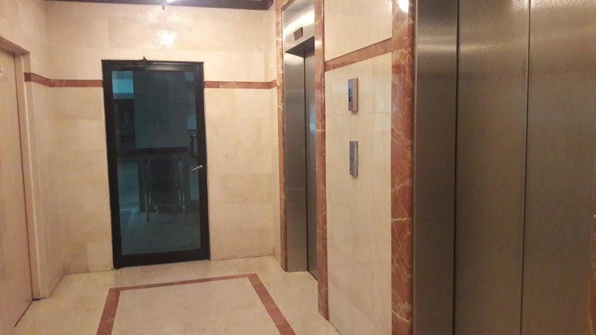 PANAMA VIP10, S.A. Apartamento en Venta en Marbella en Panama Código: 16-4266 No.1