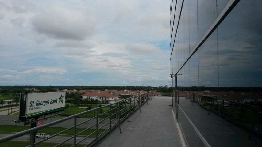 PANAMA VIP10, S.A. Oficina en Venta en Santa Maria en Panama Código: 16-4313 No.7