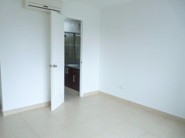 PANAMA VIP10, S.A. Apartamento en Venta en Costa del Este en Panama Código: 16-4420 No.2