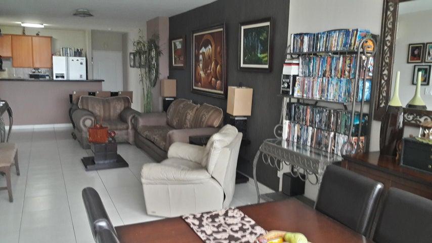 PANAMA VIP10, S.A. Apartamento en Venta en Costa del Este en Panama Código: 16-4449 No.3