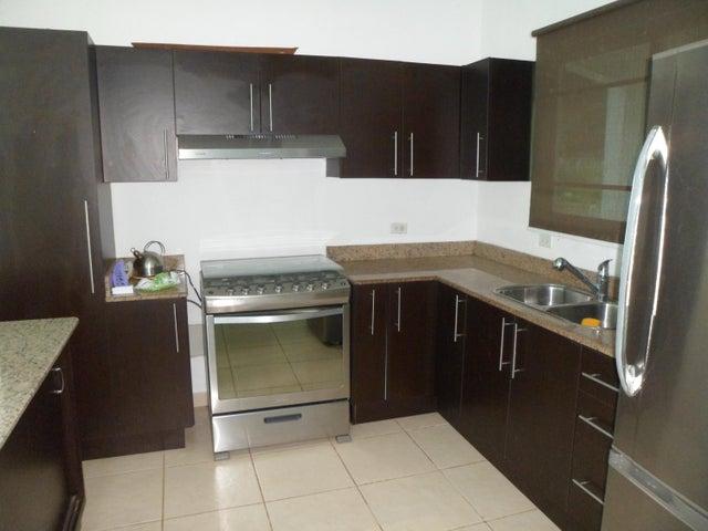 PANAMA VIP10, S.A. Casa en Venta en Brisas Del Golf en Panama Código: 16-4662 No.6