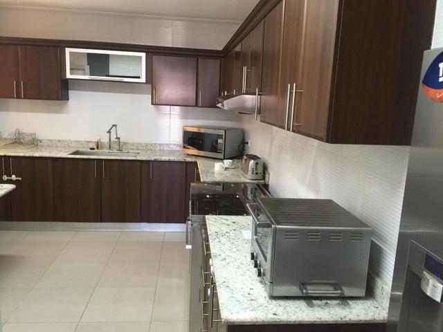 PANAMA VIP10, S.A. Apartamento en Alquiler en Obarrio en Panama Código: 16-4699 No.5
