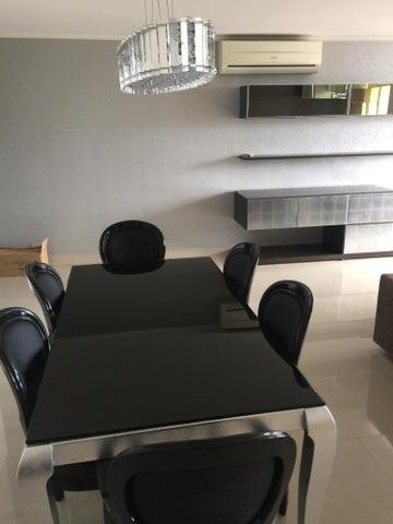 PANAMA VIP10, S.A. Apartamento en Alquiler en Obarrio en Panama Código: 16-4699 No.9