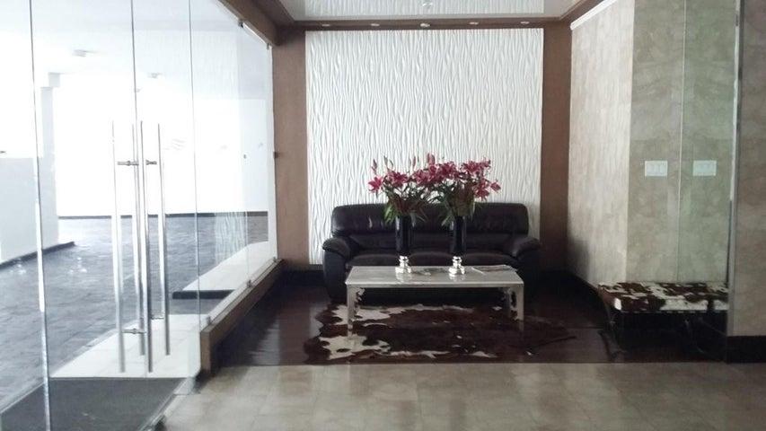 PANAMA VIP10, S.A. Apartamento en Venta en Obarrio en Panama Código: 16-4717 No.1