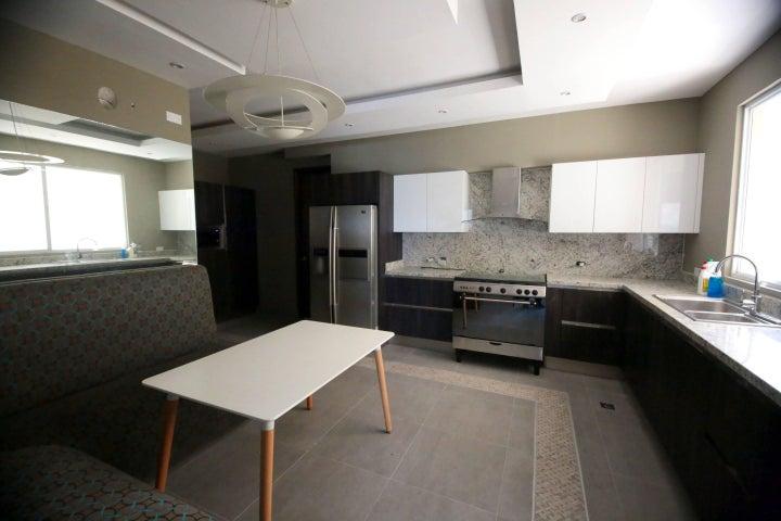 PANAMA VIP10, S.A. Apartamento en Alquiler en El Cangrejo en Panama Código: 16-4746 No.5