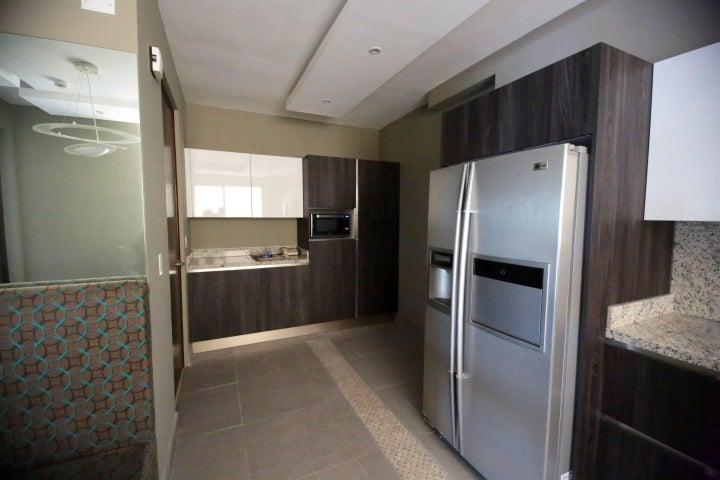 PANAMA VIP10, S.A. Apartamento en Alquiler en El Cangrejo en Panama Código: 16-4746 No.6