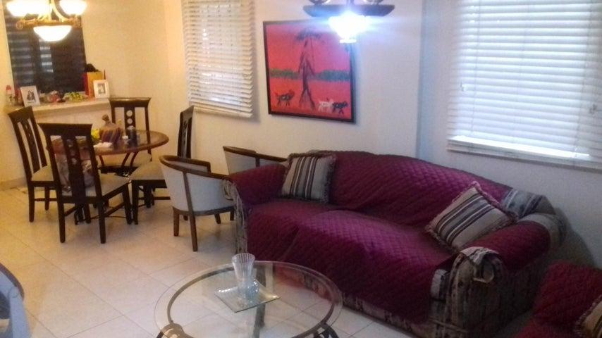 PANAMA VIP10, S.A. Casa en Venta en Altos de Panama en Panama Código: 16-4858 No.4