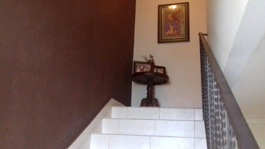 PANAMA VIP10, S.A. Casa en Venta en Altos de Panama en Panama Código: 16-4858 No.7