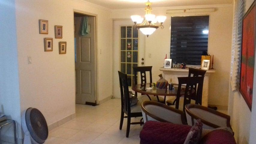PANAMA VIP10, S.A. Casa en Venta en Altos de Panama en Panama Código: 16-4858 No.3