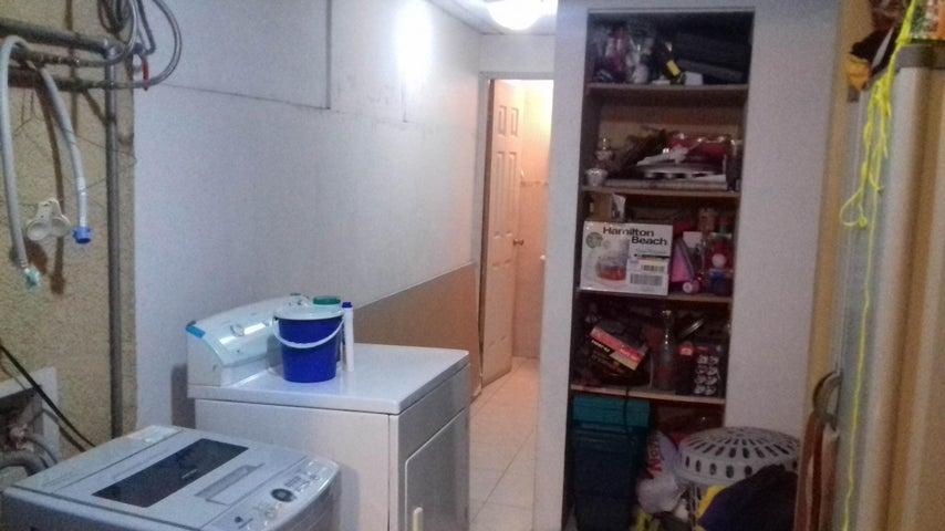 PANAMA VIP10, S.A. Casa en Venta en Altos de Panama en Panama Código: 16-4858 No.9