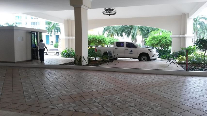 PANAMA VIP10, S.A. Apartamento en Venta en Costa del Este en Panama Código: 16-4890 No.3