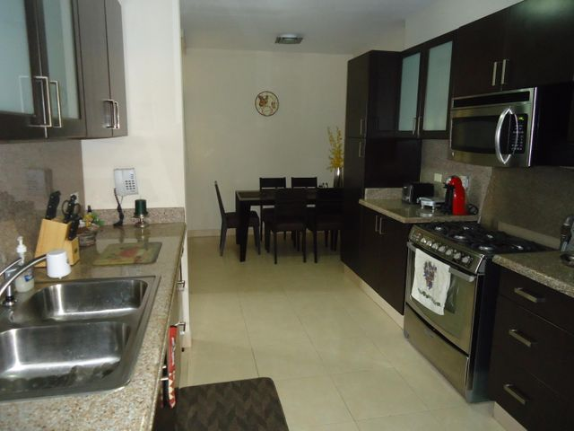 PANAMA VIP10, S.A. Apartamento en Venta en Costa del Este en Panama Código: 16-5059 No.9